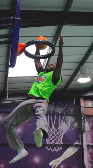 JumpGiants_About_OurStory_BasketBallers_image