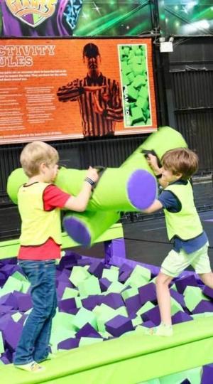 JumpGiants_KidsOnBattlebeam_Image